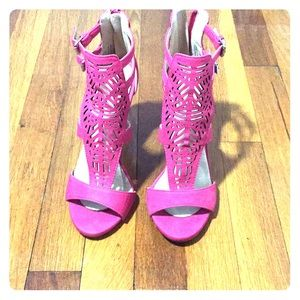 Pink open toed shoes